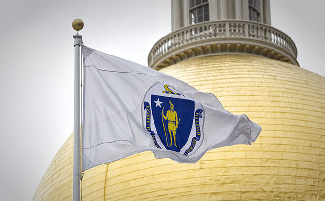 State House Flag AdobeStock_139358090